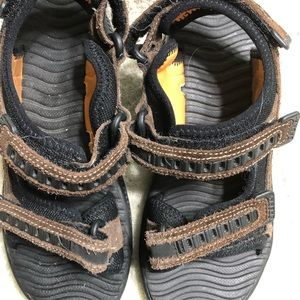 Sperry  (young boys ) brown sandals